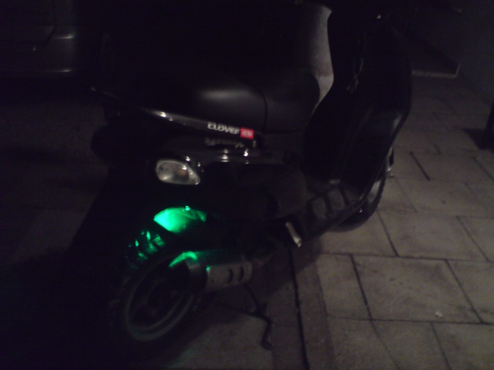 osvetlitev skuterja