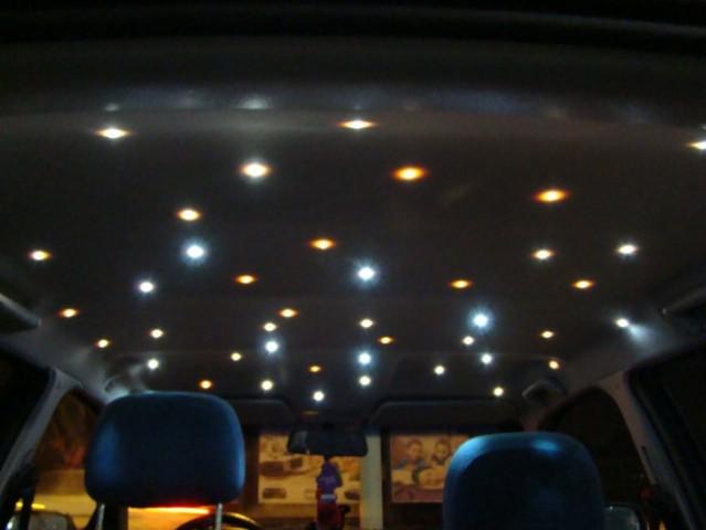 Strop avtomobila - zvezdno nebo :)
