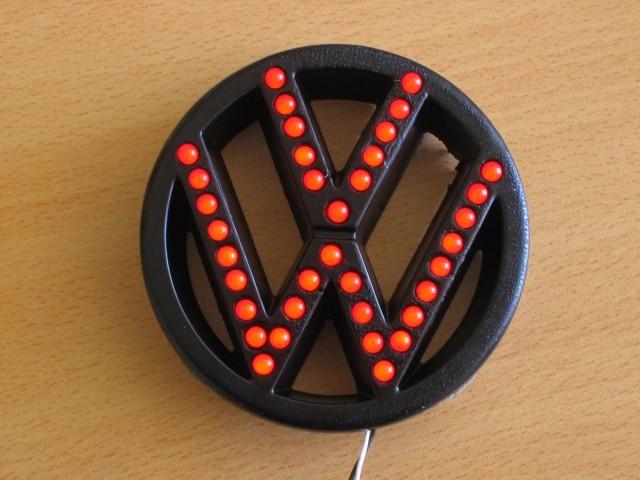 VW znak (lukne si je lastnik sam grdo zvrtal)