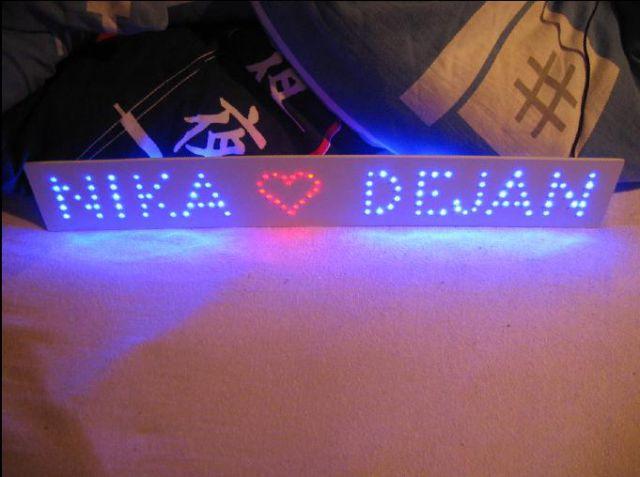LED napis