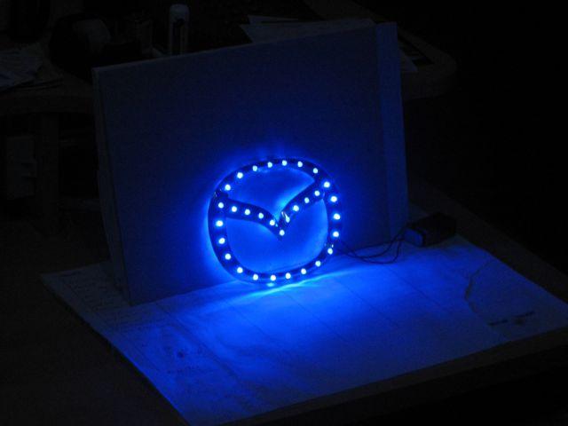 Mazda logo LED