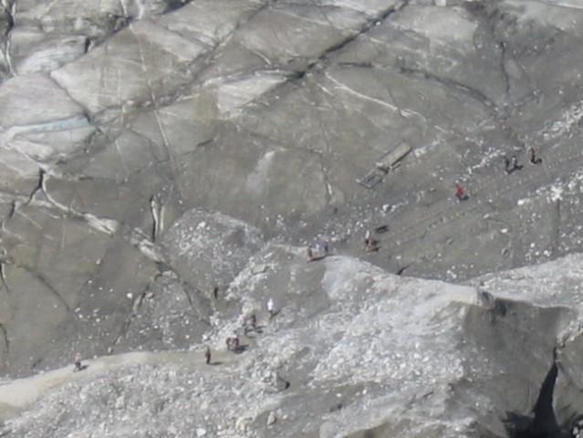 Evo closeup...da se ve kok je ledenik velk :)