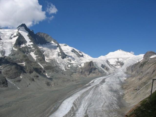Ledenik Pasterza, Grossglockner na levi