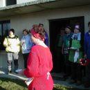Ustavili smo se pri prijaznih domačih, kjer so imeli praznik (beri: koline)
