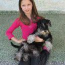 Tijana (9 god.) i kuca Maja (8,5 meseci).