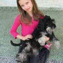 Tijana (9god.) i kuca Maja(8,5 meseci).