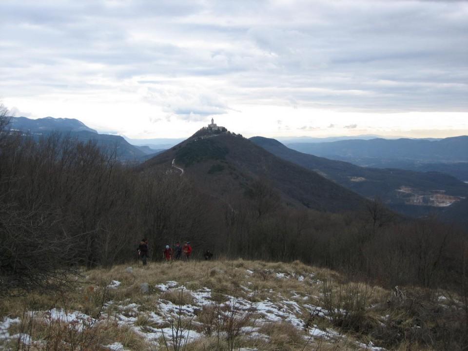 Pogled na Sv. goro od grobnice