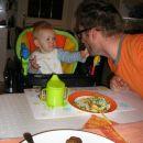 Hranim očka