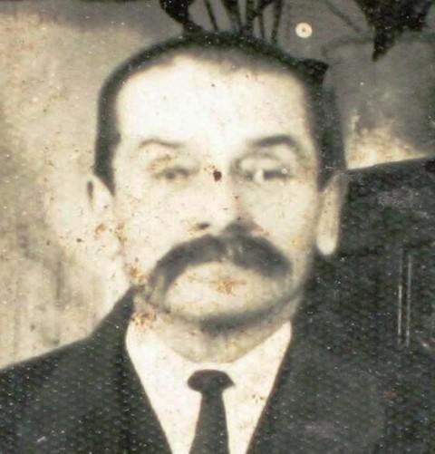 Grampovčanova ul.v Ljubljani se imenuje po trgovcu J.Grampovčanu, očetu Dr.Janka Grampovča