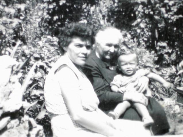 Dr.Bronka Grampovčan in sin Aleš