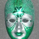 maska-broška