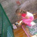 Lej kako dobre igrače ima Lina