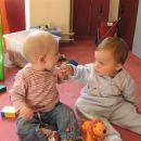 Brina: Leon, pojedla te bom! :)