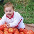 Našel sem ŽOGE!!, mami pa pravi, da so paradižniki
