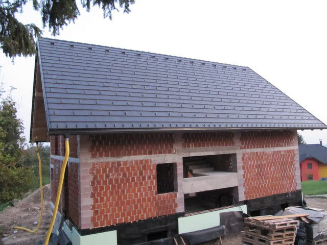 PodSvojoStreho • Poglej temo - Ravni betonski strešnik Bramac Tegalit ali Gol...