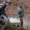Prenos amu-Boxsov in Jederske konice v bazo: Paravojaških upornikov.