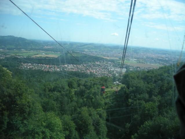 Pogled iz Pohorske gondole.