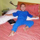 Mamina postelja in blazina za dojenje sta zakon.